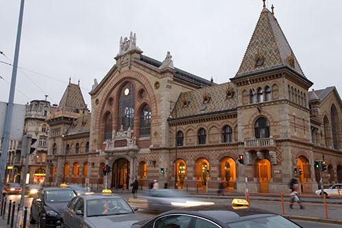 Markthalle Budapest, außen